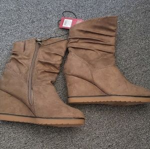 Merona Taupe Wedge Boot
